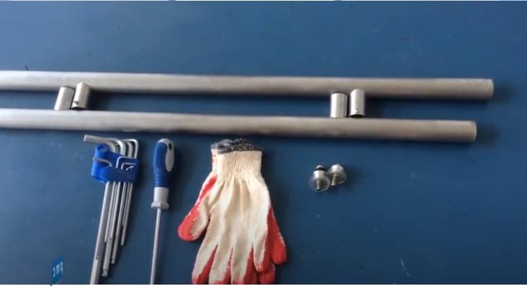 Cách lắp đặt tay nắm cửa kính cường lực