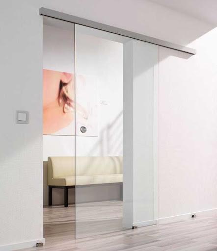 cửa kính lùa ngăn phòng khách
